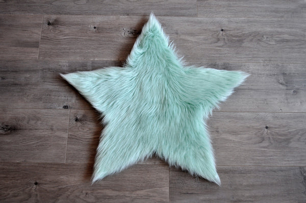 Machine Washable Faux Sheepskin Mint Star Area Rug