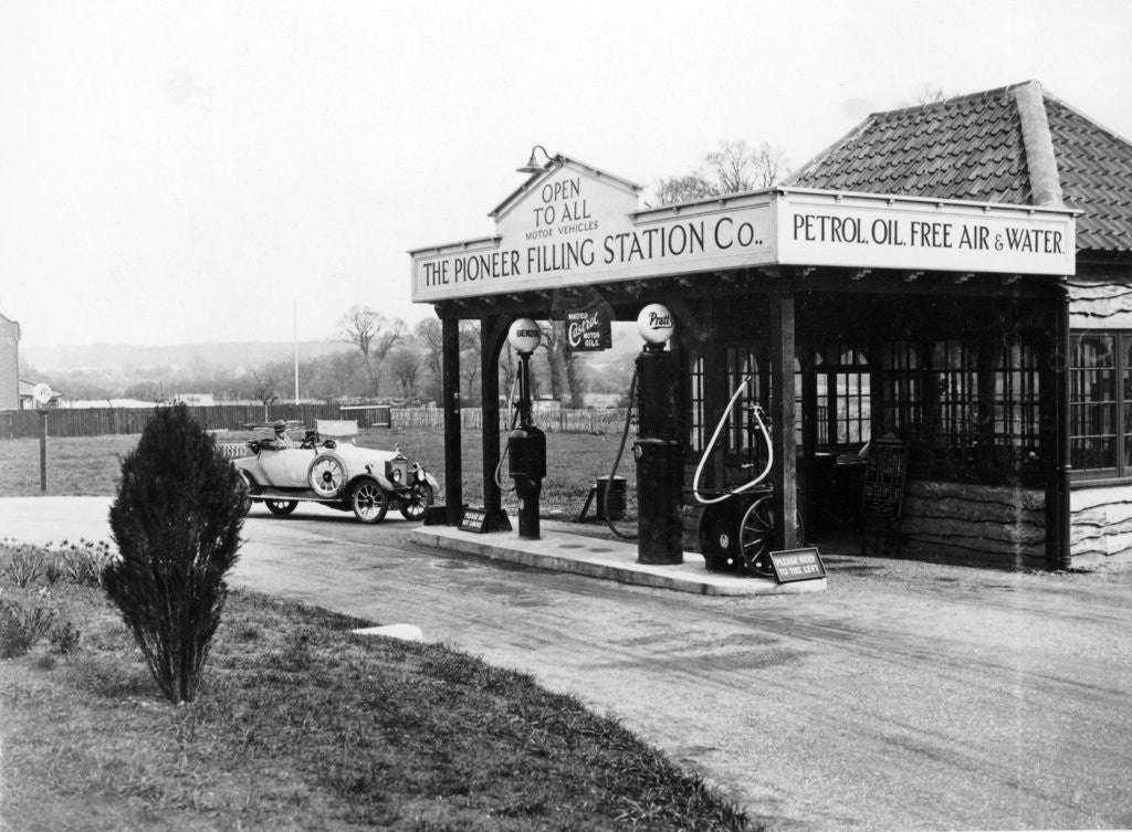 Detail of 1923 10 hp Calcott arriving at a petrol station by Anonymous