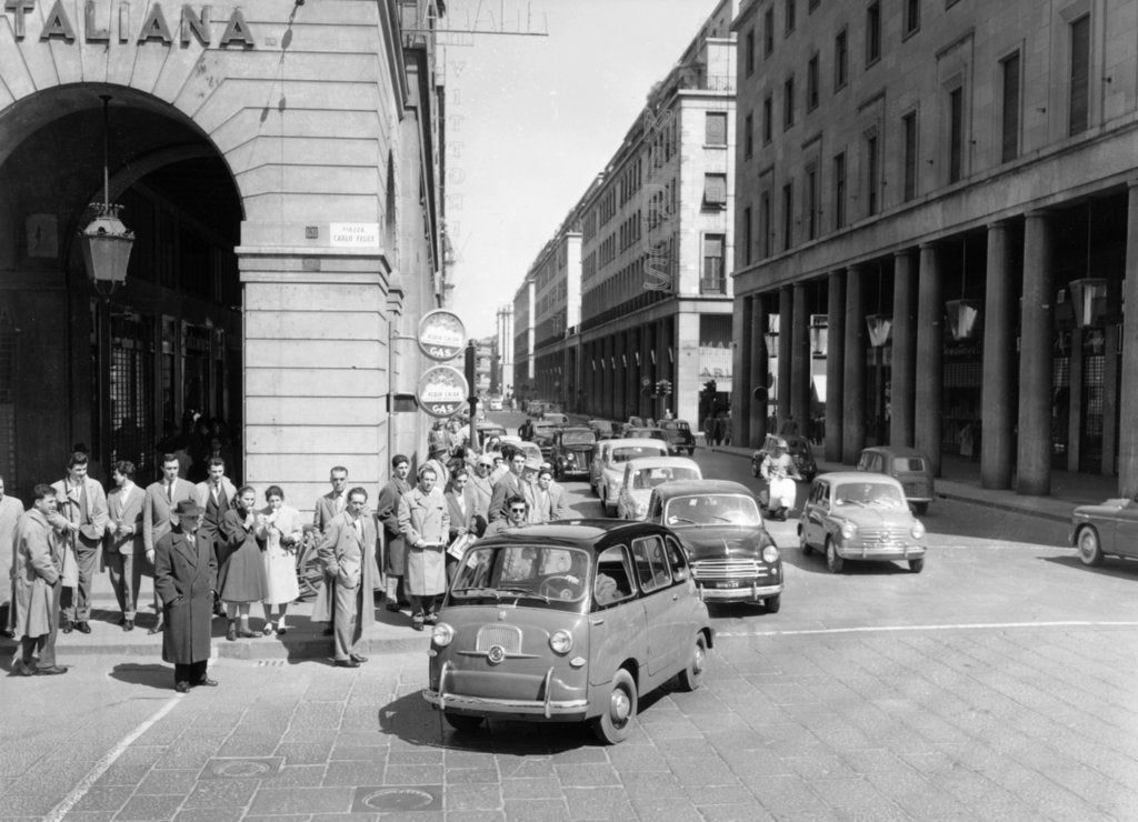Fiat 600 Multipla leading a procession of Fiats, Italy, (late 1950s?)