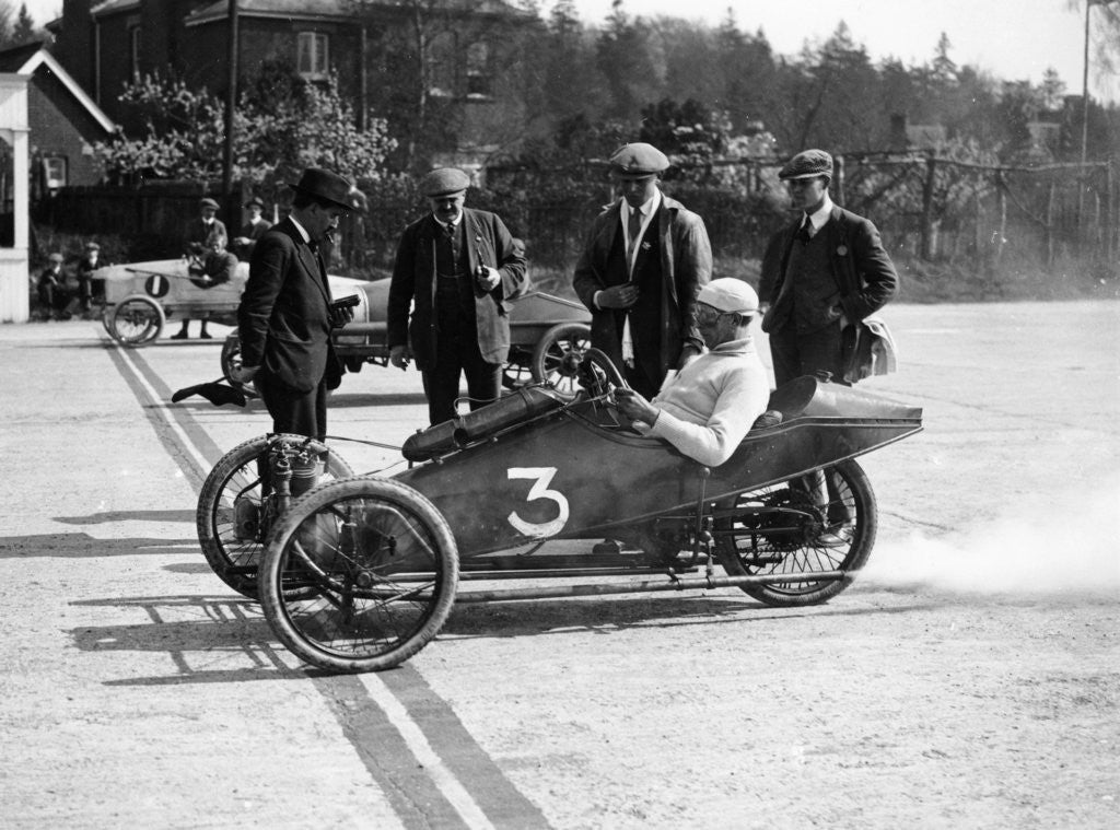 Detail of A 1914 Morgan at the starting line of a race by Anonymous