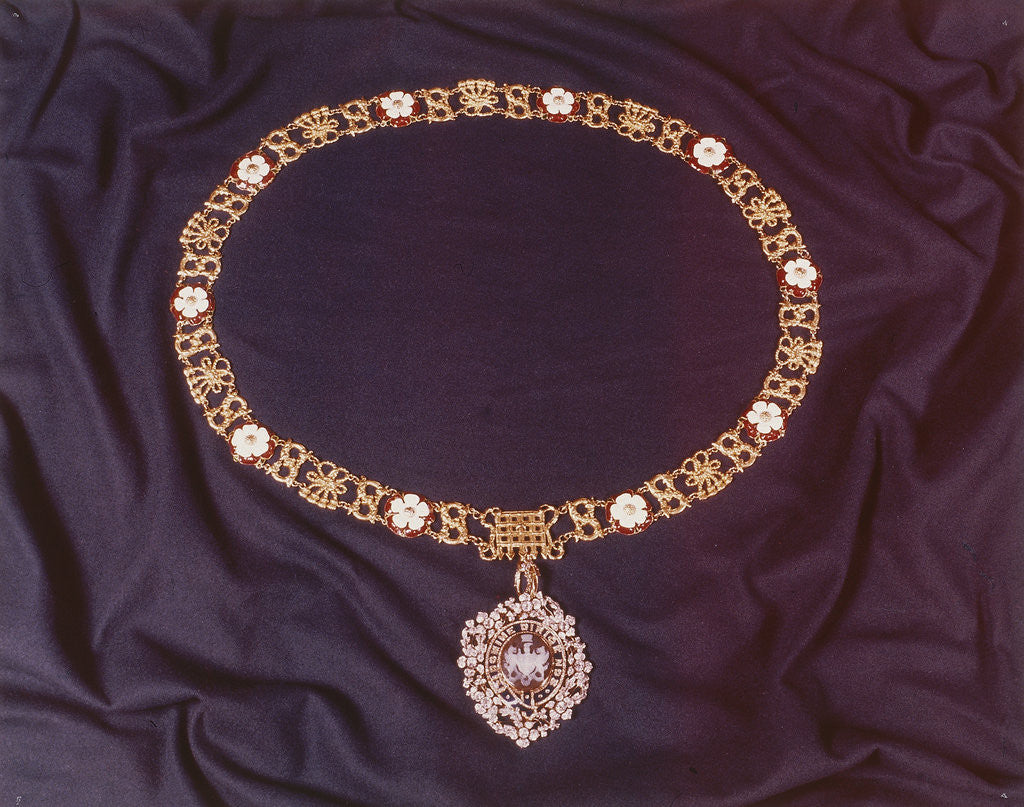 Detail of View of the jewelled collar worn by the Lord Mayor of London by