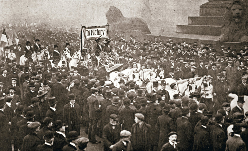 Procession to welcome the early release of suffragettes from prison on 19 December 1908 by Anonymous