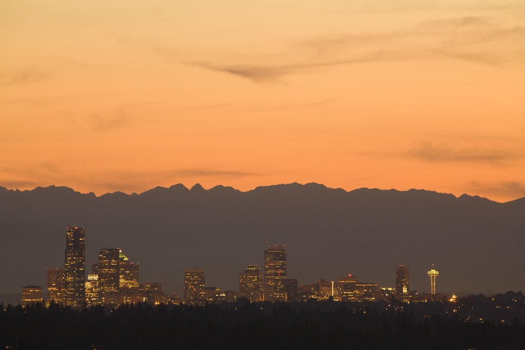 Detail of North America, United States, Washington, Seattle skyline at sunset, with Olympic Mountains behind ( by Corbis