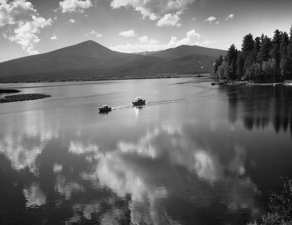 Detail of Boating on Upper Klamath Lake by Corbis