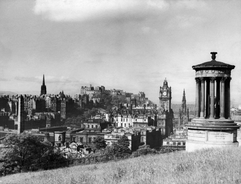 A view of Edinburgh showing the Castle by Anonymous