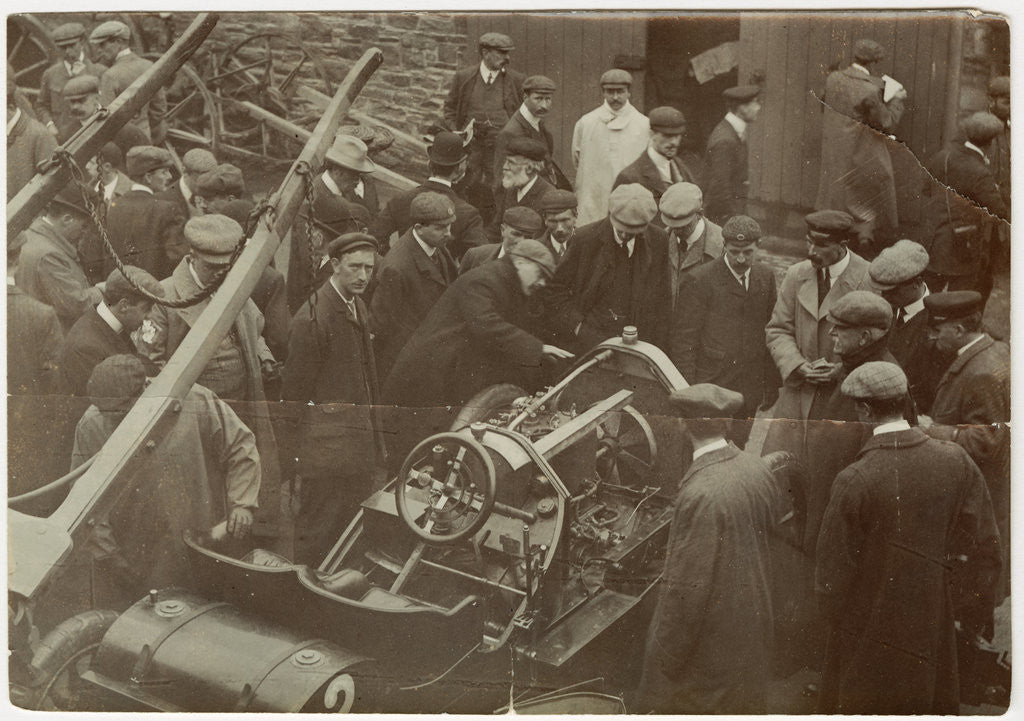 Detail of Star racer No. 2 during technical inspection on 29 May 1905 by Anonymous