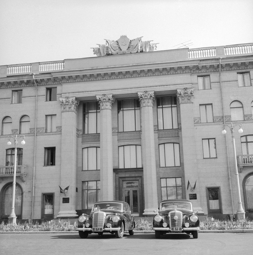 Detail of Cars Parked in Front of a Hotel by Corbis