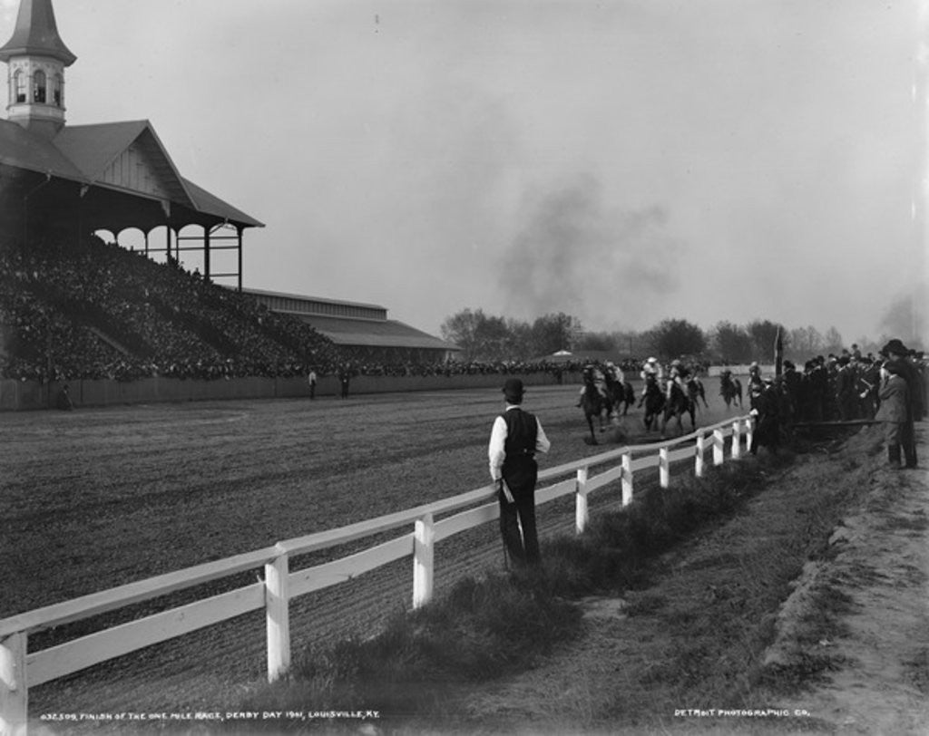 Detail of Finish of the one mile race, Derby Day 1901, Louisville, Kentucky by Detroit Publishing Co.