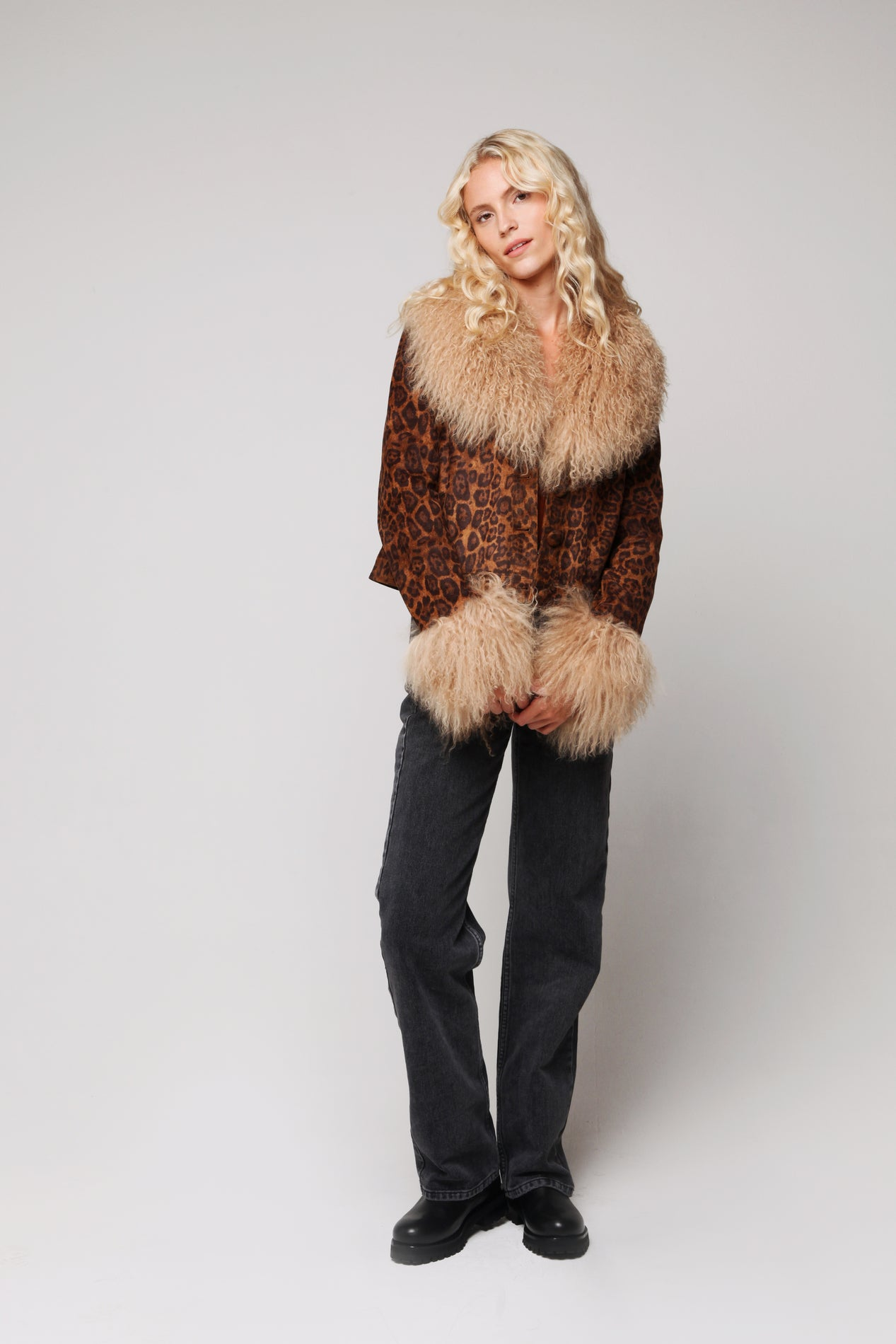 Petite Penny Jacket Leopard - Model Shot