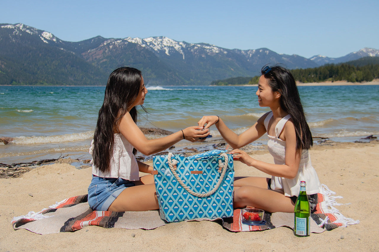16 Can Oversized Commuter Beach Tote