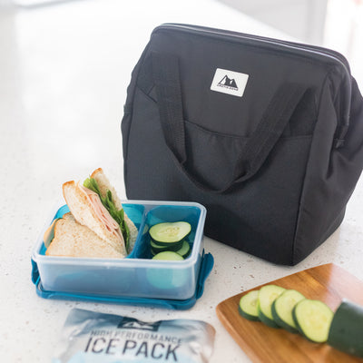 Arctic Zone® High Performance Meal Prep Lunch Bag M.D. - Leafy Lime - Lifestyle, having lunch at wrok