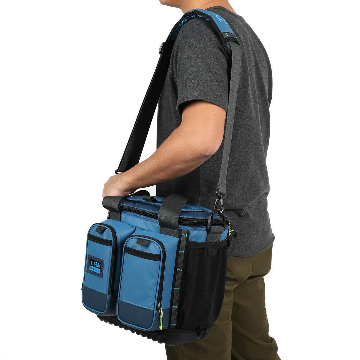 Titan Guide Series - 16 can backpack - model carry