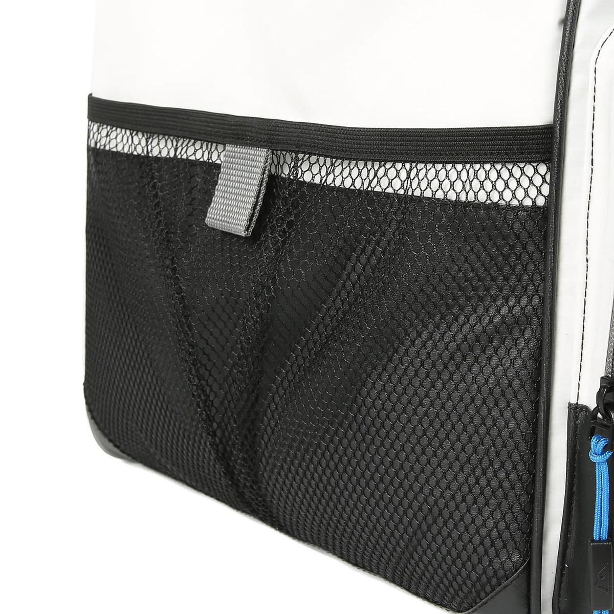 Titan Deep Freeze® 40 Can Duffel - Side mesh pockets