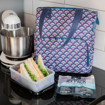 Arctic Zone® Abigail Tote - Marker Scallop - Lifestyle, Packing up lunch