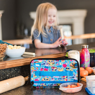 Arctic Zone® Ice Walls® Lunch Box  - Cute food - Lifestyle, mom preparing lunch for daughter