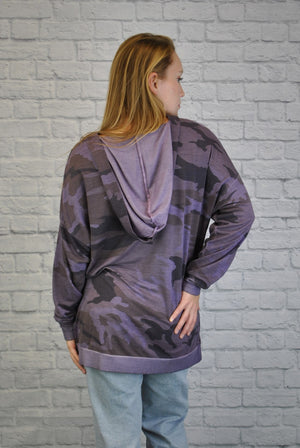 Hooded Camo Side Vent Top