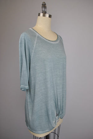 Raglan Seam 3/4 Sleeve Twist Front Oil Dye Top