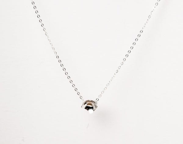 Lee-nce necklace