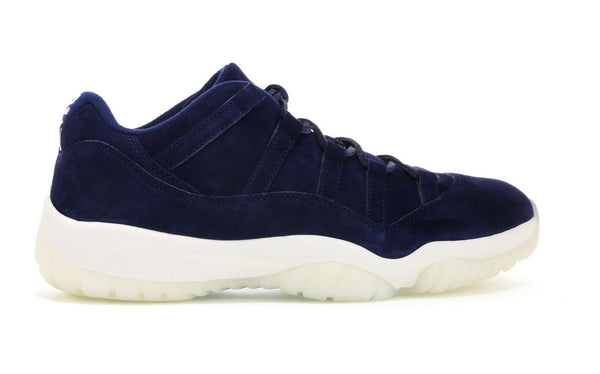 "Air Jordan 11 Retro Low ""Jeter"""