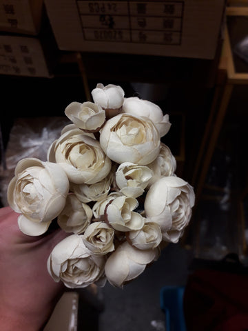 Dusty cream/ dusty yellow Ranunculus bunch artificial wedding decor (6xMini Silk flower)