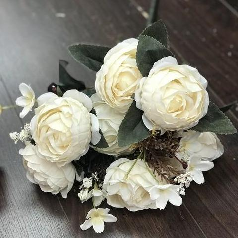 Yummy Close Head Roses Artificial Flower (cream)-YUM3