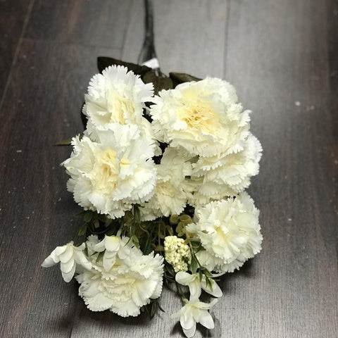 Big stem Carnation Cream - Richview Glass Wedding Supplies