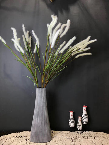 White Bristle grass Artificial dog's tail filler
