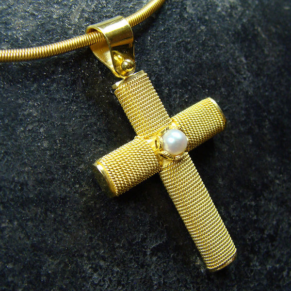 18k Gold Ropes Western Cross With Pearl