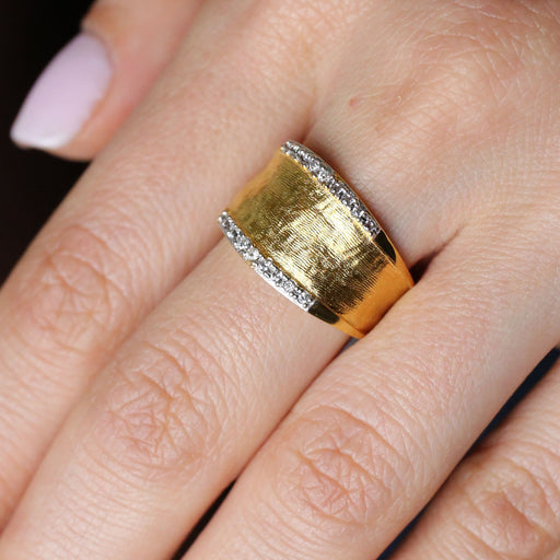 Crepe Band Ring