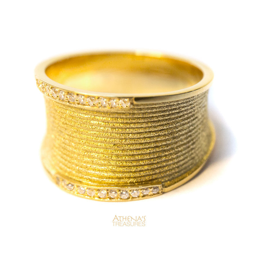 Diamond Edged Rippled Band Ring