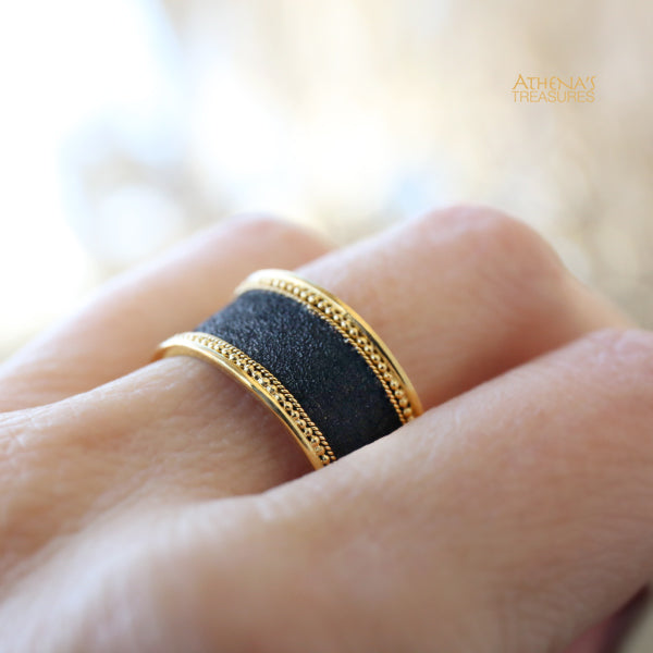 Gold Border Black Band Ring - Medium