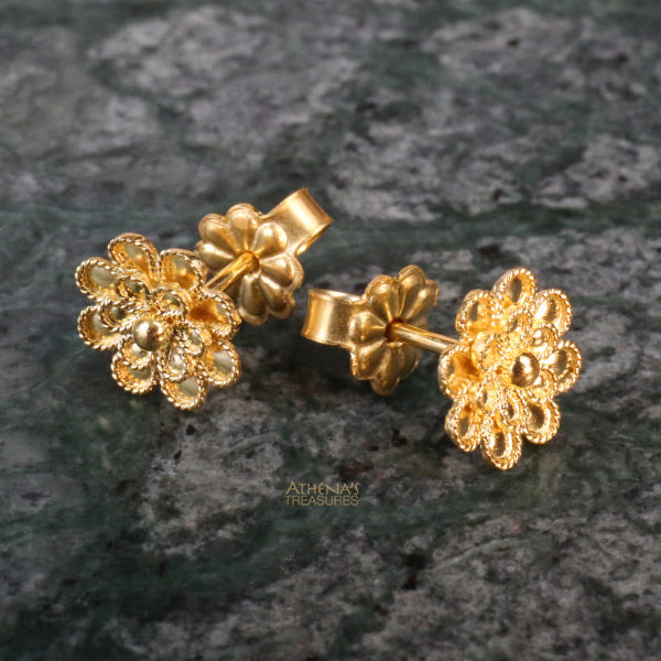 18k Gold Flower Post Earrings