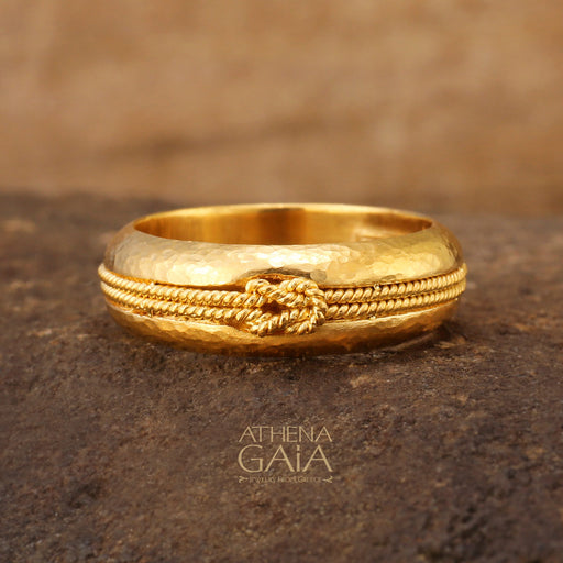 Pure 24k Gold Band Ring with Hercules Knot Rope Inset