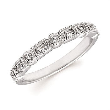 Alternating Round & Baguette Diamond Milgrain Band