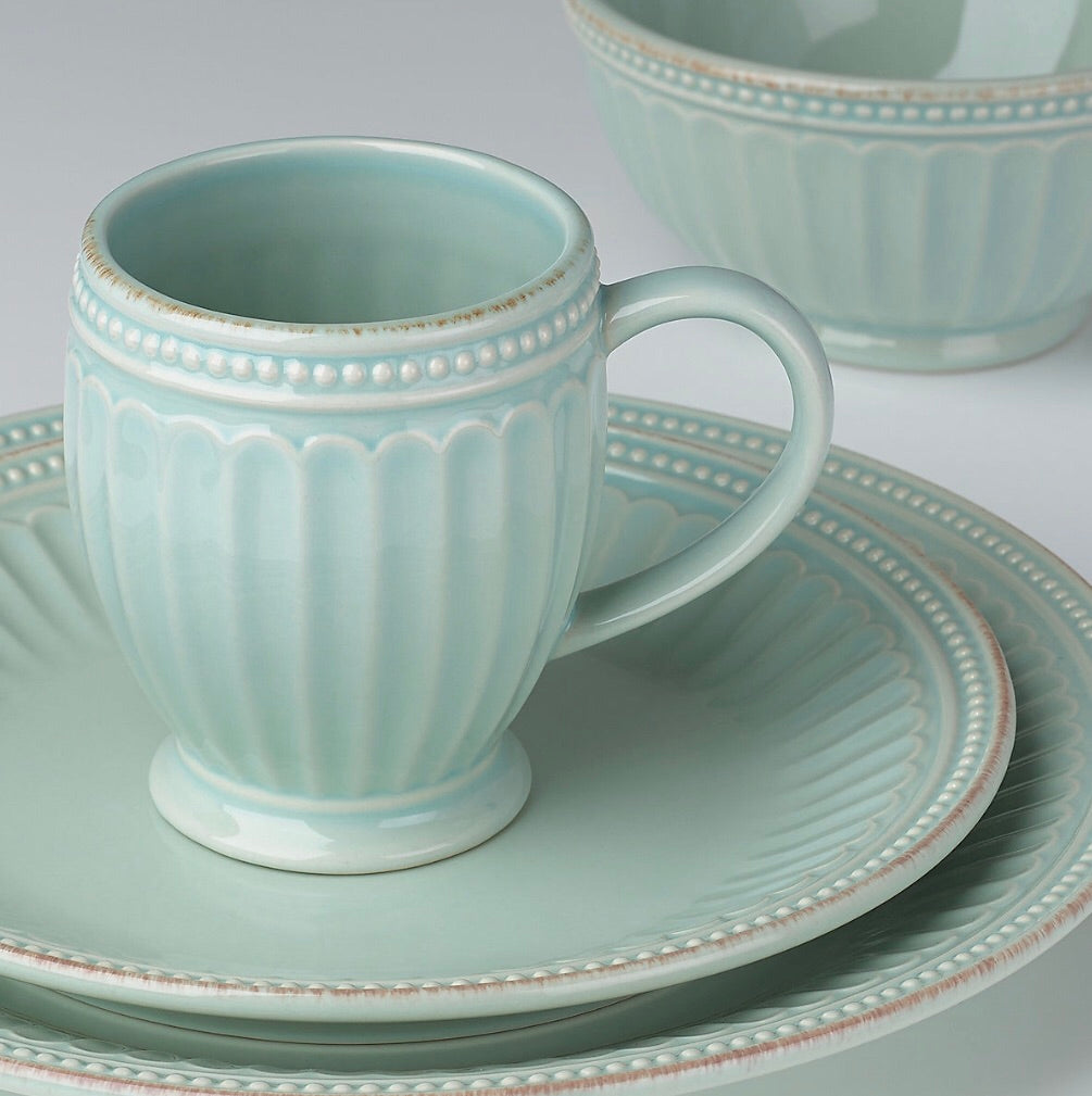 French Perle Groove Ice Blue 4-Piece Place Setting