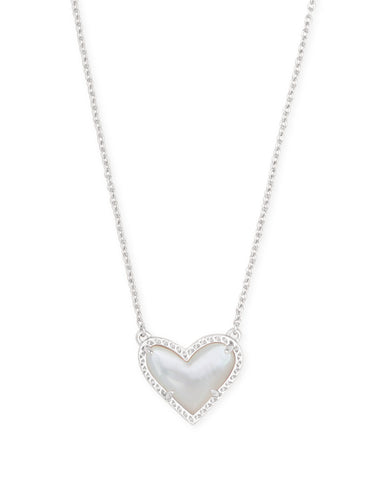 Ari Heart Silver Pendant Necklace in Ivory Mother of Pearl