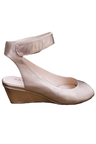 Venice Metallic Wedge