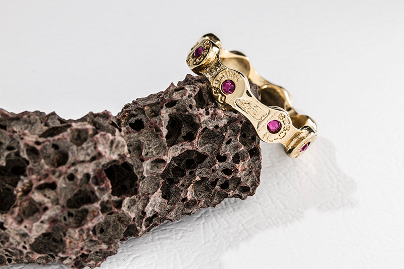 MINI LINK CHAIN RING-FUCHSIA STONES