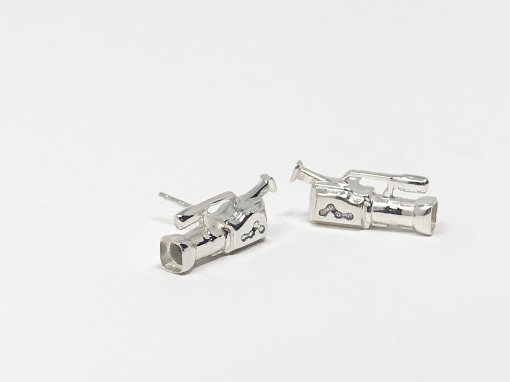 CAMERA EARRINGS-SILVER