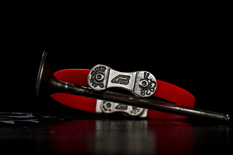 MEN'S DANI BIKE LINK RED BRACELET-SILVER