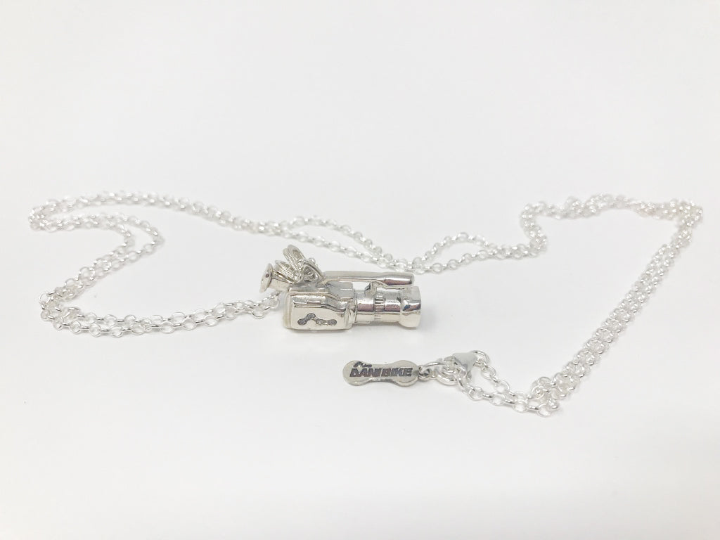 CAMERA NECKLACE-SILVER