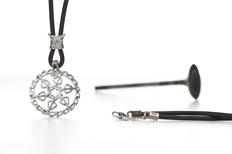HEARTS DISC BRAKE NECKLACE