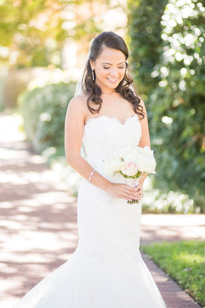 Bridal portrait, outdoor wedding