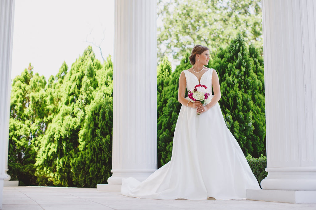 Outdoor Bridals, Mansion, White Porch, Bridal Up-do