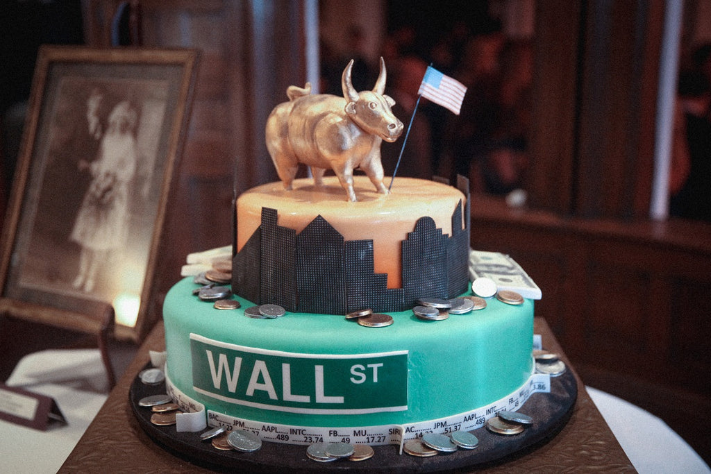 Custom Grooms Cake, Wall Street, Finance Themed Grooms Cake
