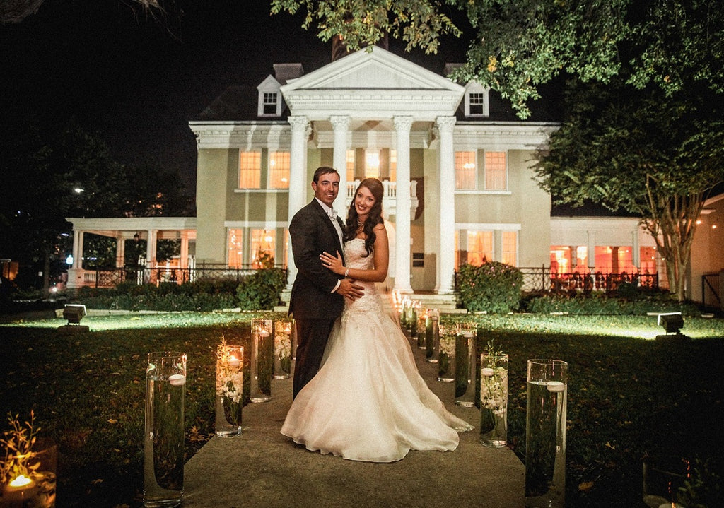 Bride and Groom Belo Mansion by RACHEL EVENTS