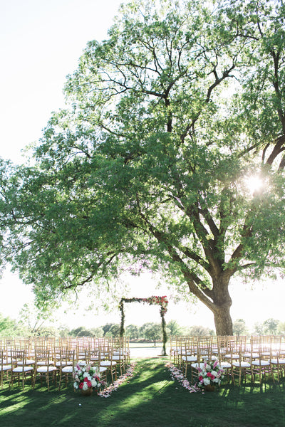 Large Tree for outdoor wedding ceremony on a golf course