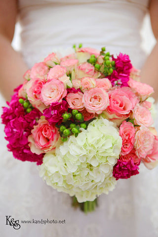 pink bouquet roses hydrangea  berries soft romantic
