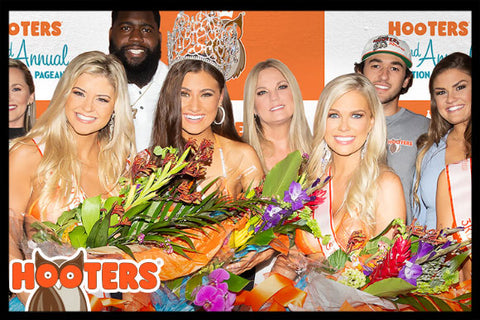 HOOTERS - BAKERSFIELD SWIMSUIT COMPETITION - VIP