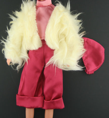 Hasbro Charlies Angels Clothes-- Gaucho Pizzaz Outfit